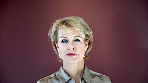 Generalsekretær i Advokatforeningen Merete Smith styrer en forening som tjener gode penger på at advokatene dropper kurs i blant annet etikk.