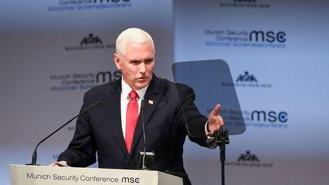 Visepresident Mike Pence under sikkerhetskonferansen i München.