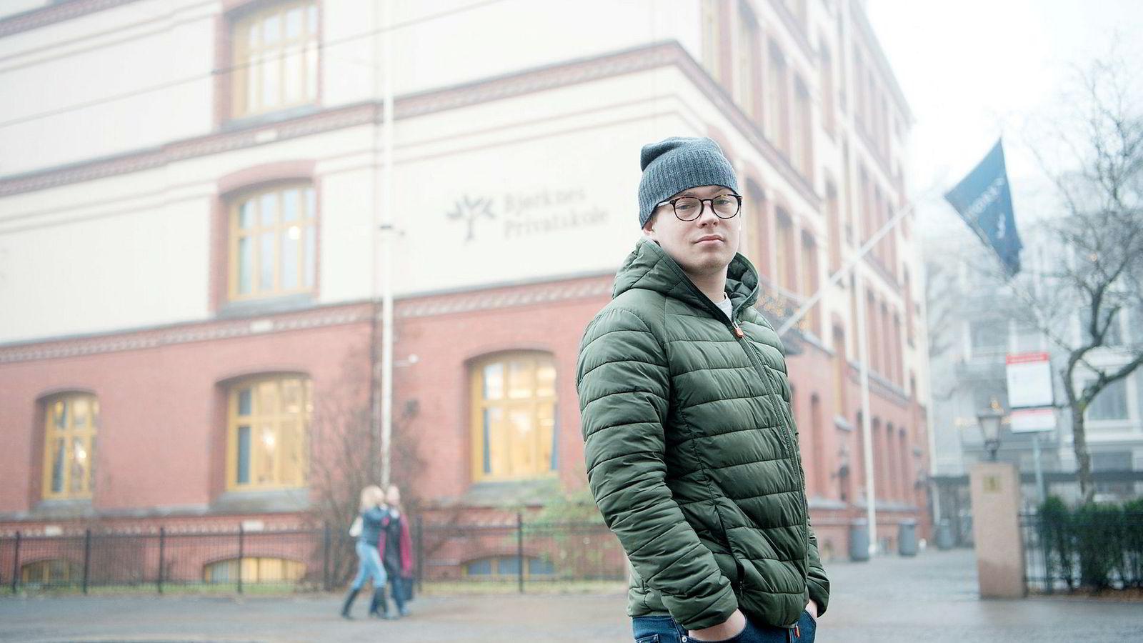 Jeppe Schjerpen (19) fra Oslo visste ikke hva han skulle gjøre etter videregående skole. Etter en skolepause begynner han på Bjørknes Høyskole fra januar og skal deretter søke seg inn på arkitekthøyskole i London.
