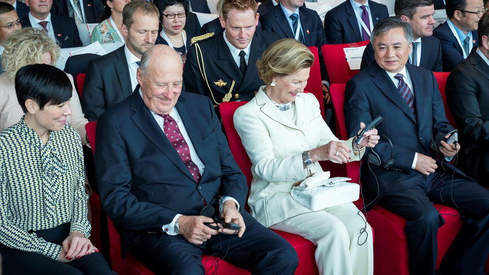 Forholdet mellom Norge og Kina er normalisert med besøk på høyt nivå til begge land. Nå gjør norsk næringsliv seg klar til en av de største utenlandssatsingene med et næringslivsseminar hvor norsk havteknologi skal selges inn i Asia.