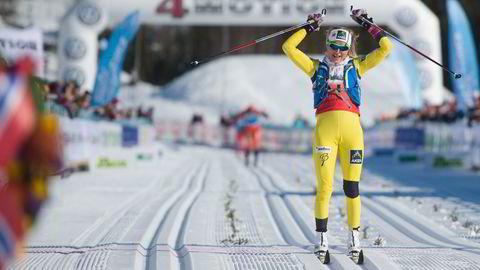 Ifjor vant Therese Johaug dameklassen, på rekordraskt føre over fjellet. Meteorologene varsler nå om forhold som kan gi nytt rekordføre i årets renn. Foto: Hampus Lundgren