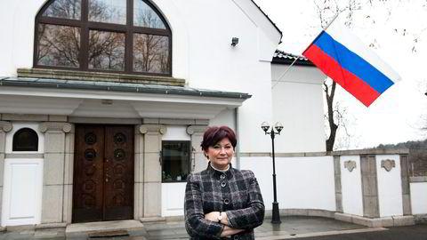 Tamara Tsjernisjeva sier Russland er fullstendig klar over at norsk fisk finner veien til Russland via omveier. Hun ser ikke de store problemene, men påpeker heller at det fins mange muligheter. Foto: Per Ståle Bugjerde
