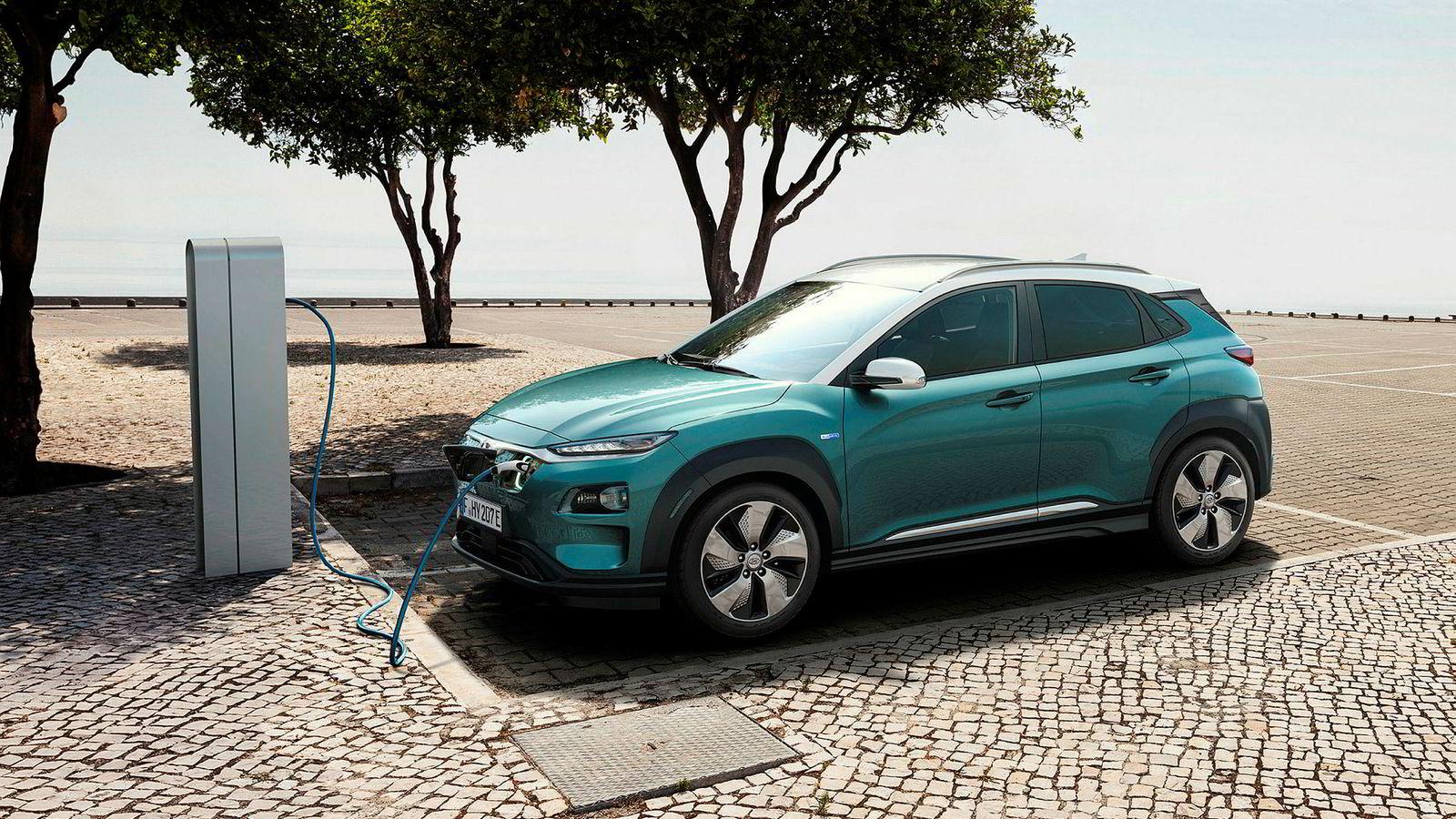 Med suv-utseende og ladeluke skal Hyundai Kona erobre norske kunder.