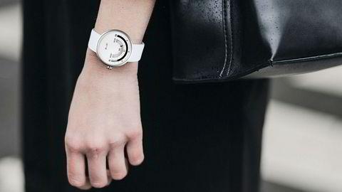 Klokker som viser tiden på en annen måte. Foto: LoytoWacthes