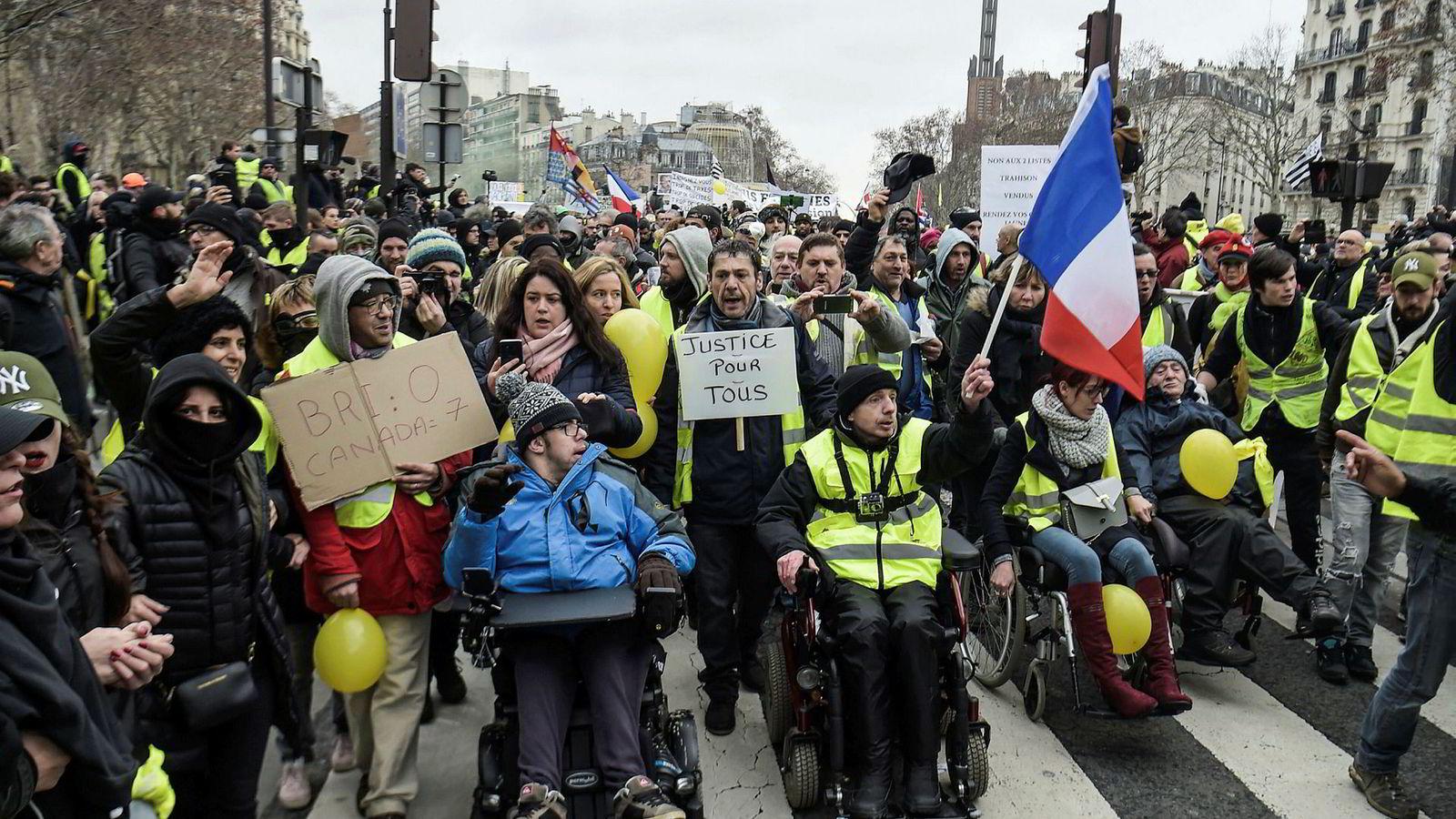Sist helg deltok anslagsvis 58.600 franskmenn i demonstrasjoner på forskjellige steder i Frankrike.