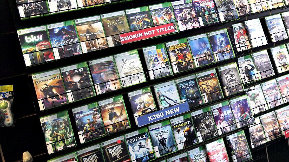 Stadig færre kjøper spill på denne måten. Utviklerne øker sine marginer og forhandlerne blir sittende med Svarte-Per.