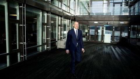 Den alvorlige oppbremsingen i industrien og et politisk rot uten like i amerikansk politikk bidrar til å skape usikkerhet i USA, sier sjefstrateg i Danske Bank, Christian Lie.