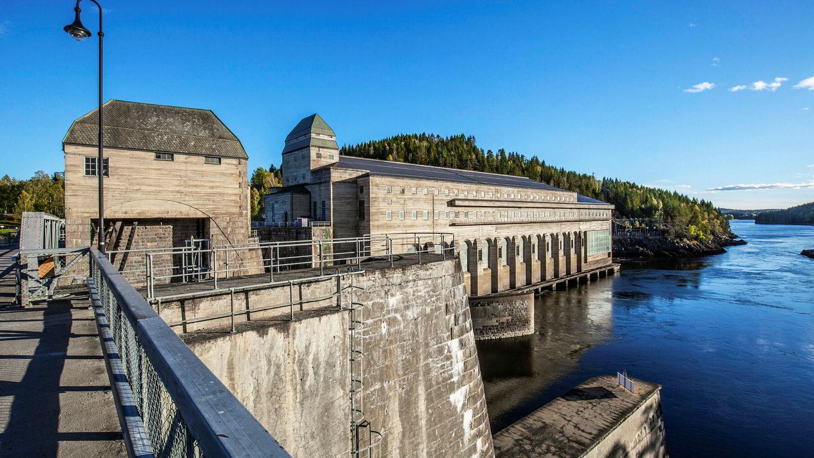 Det strides om hvor stort potensialet er, men det er enighet om at så lenge vannkraft beskattes på dagens nivåer vil dette potensialet ikke tas ut på grunn av manglende lønnsomhet. Bildet viser Solbergfoss kraftverk i Askim kommune.