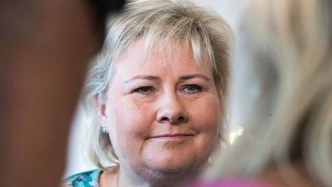 Statsminister Erna Solberg vil satse på miljøvennlige turistskip.