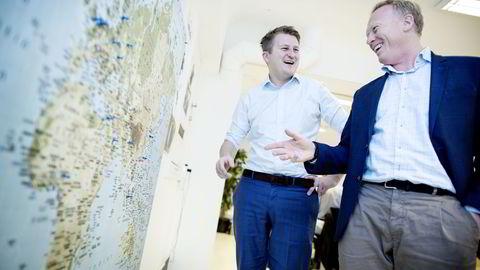 Gründer og administrerende direktør Kim Humborstad og salgs- og markedssjef Einar Boije markerer hvert salg med nåler på verdenskartet i kontorene i Oslo Sentrum.