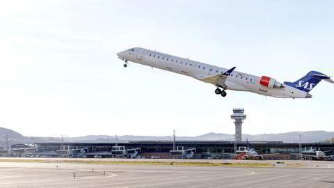 Til nå er kun to flyvere tatt ut i streik, men fra torsdag utvides streiken til å gjelde alle norske flyvere dersom partene ikke blir enige.