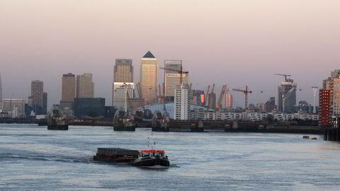 Fra Canary Wharf i London, der blant annet HSBC, som er en av verdens største banker, har sitt hovedkontor. Foto: REUTERS/Russell Boyce