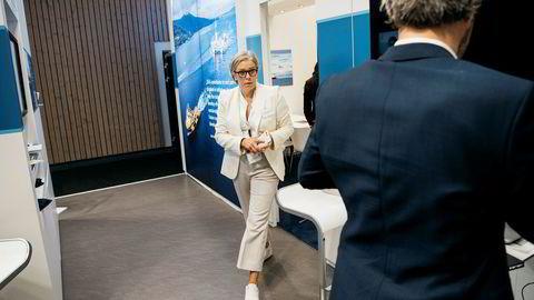 – Jeg fikk en fransk orden nylig, sier Dea-toppsjef Maria Moræus Hanssen. Under oljemessen i Stavanger nylig førte hun mange samtaler på bakrommet på Deas stand.