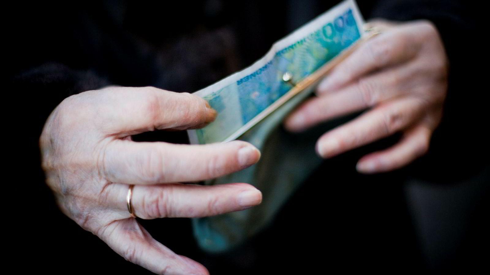350 milliarder kroner i fripoliser på 700.000 nordmenns hender.