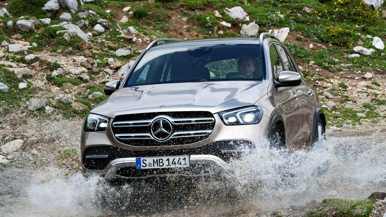 Mercedes-Benz GLE har vokst i lengden, og fått en rekke nye tekniske nyvinninger.