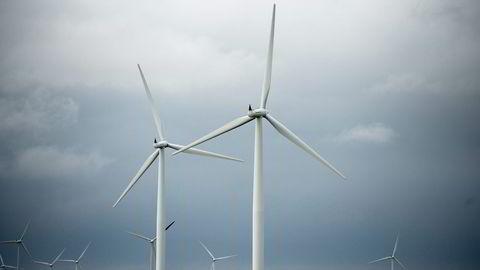 Smøla Vindpark består av 68 vindmøller og er med det blant Norges største vindmølleparker. Foto Mikaela Berg