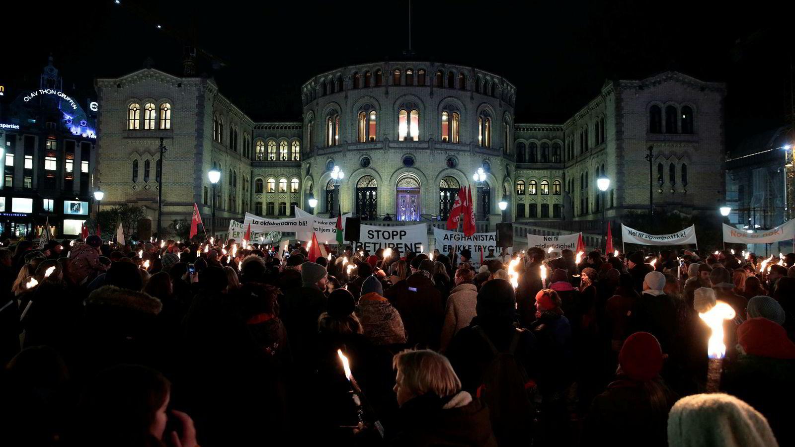 Fornuft eller følelser? Norsk debatt om utenrikspolitikk handler om å stå for det «riktige», skriver artikkelforfatteren.