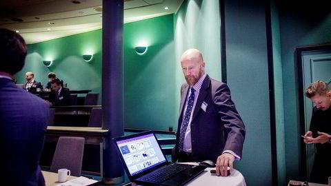 – Det har vært utrolig spennende og gøy. Det er et annet type liv, sier Torbjørn Kjus, som i vår forlot sin mangeårige jobb som oljeanalytiker i DNB Markets til fordel for Øystein Stray Spetalens børsnoterte Vistin Pharma.