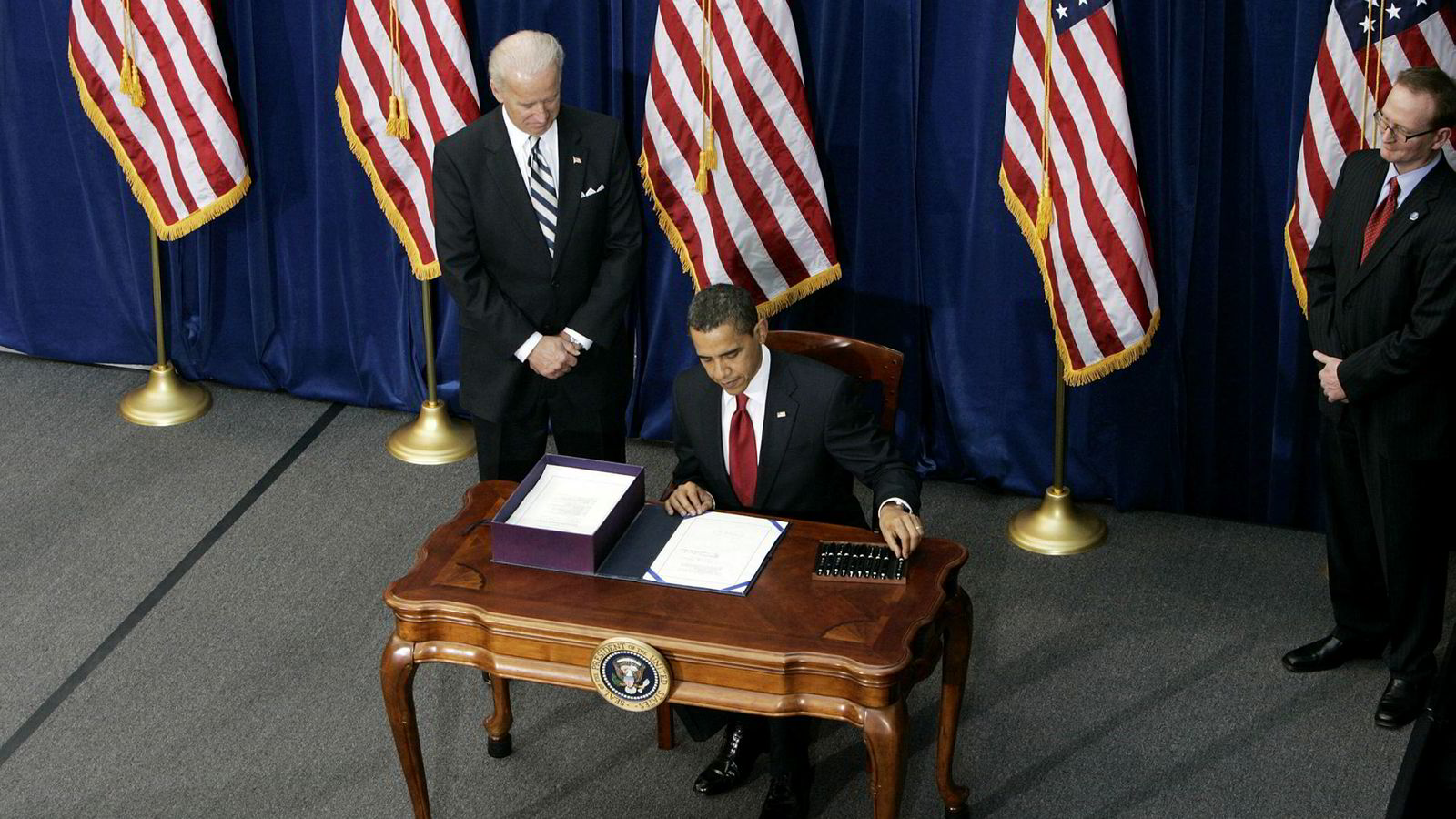 Obama-administrasjonen tok et avgjørende feilsteg i 2009 da den lot være å innføre tiltakspakker som var mer omfattende, langvarige, strukturerte og fleksible.