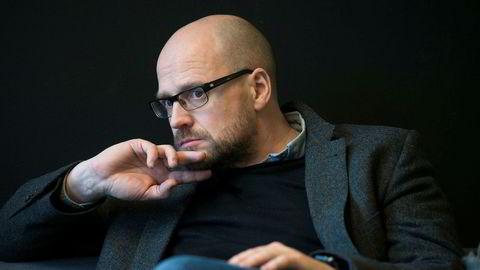 Utviklingsredaktør Pål Nedregotten i Amedia gjør ikke som Schibsted og ansetter egne personer som jobber med blokkjeder.