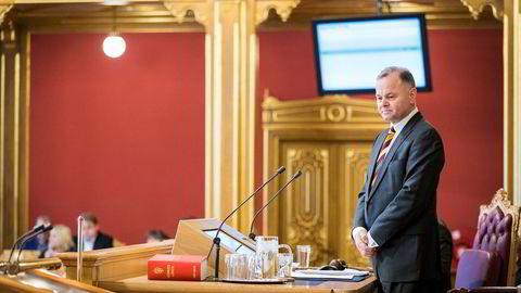 Olemic Thommessen trekker seg som stortingspresident.