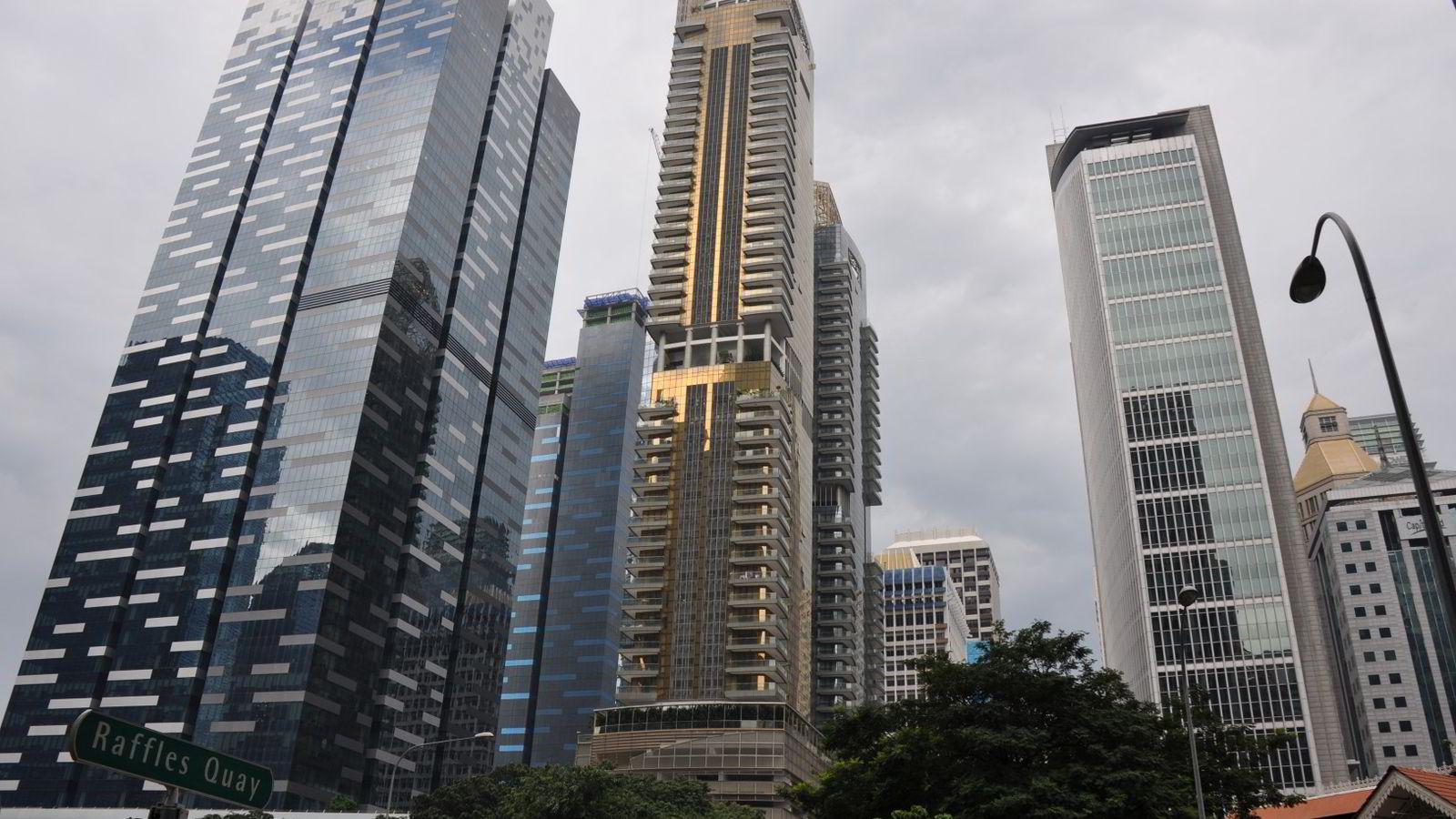 SINGAPORE: Singapore er noe større enn Hitra i Sør-Trøndelag. Men i Singapore bor det over fem millioner mennesker.