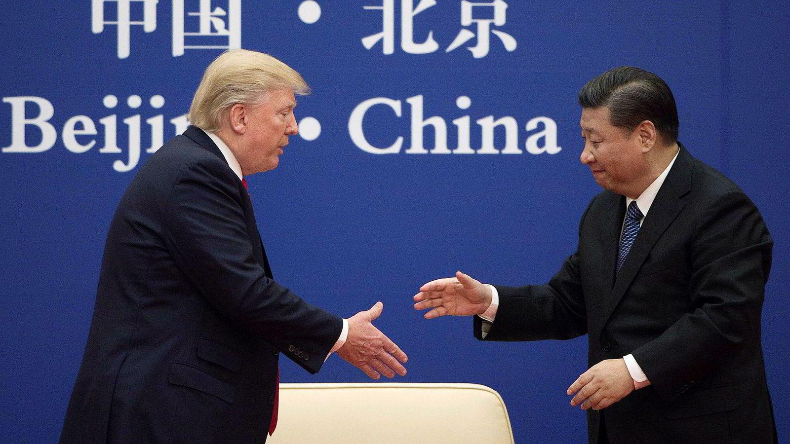 Det er over to måneder siden handelsforhandlingene mellom USA og Kina kollapset. Over helgen starter de på nytt.