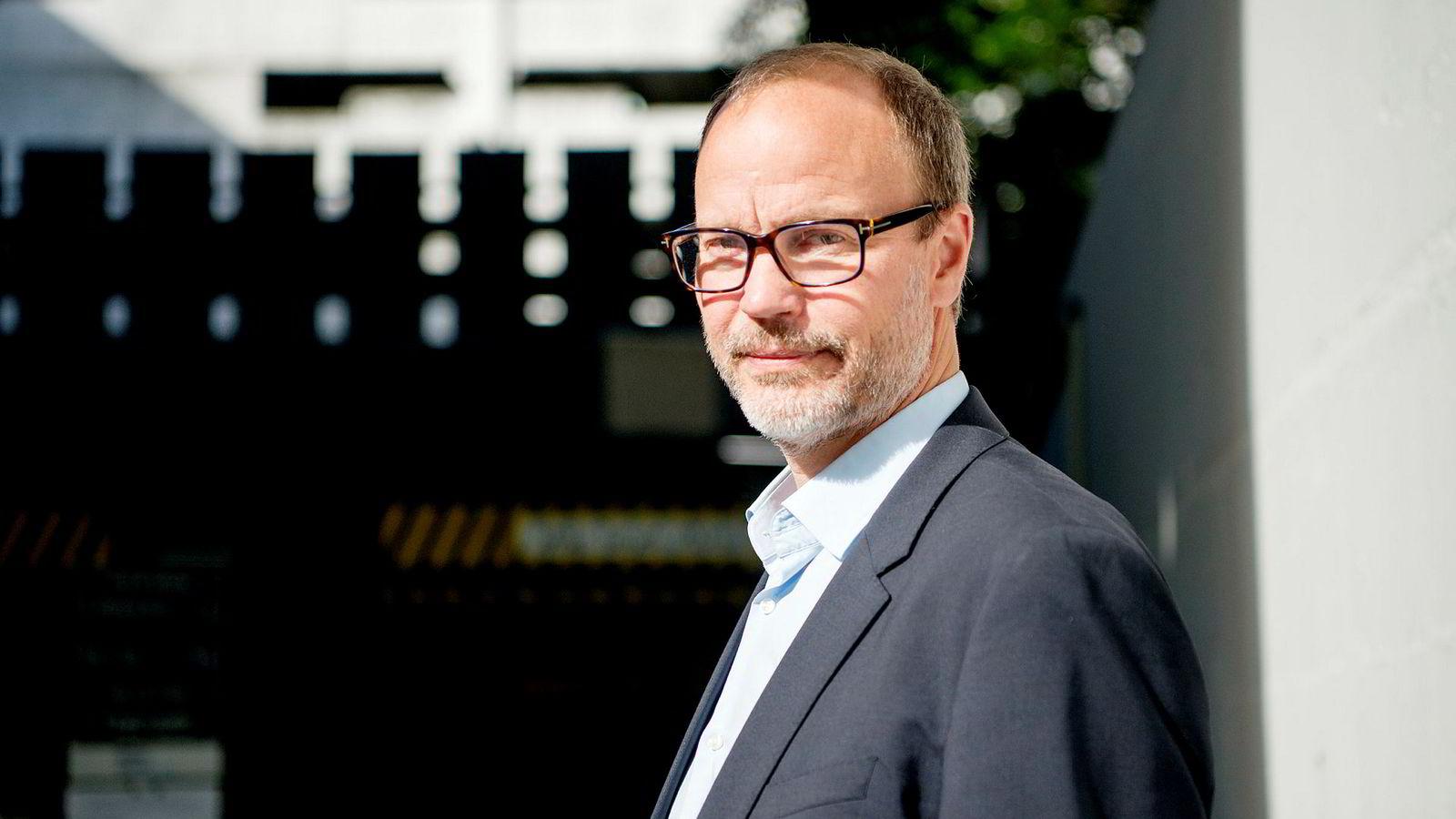 Investor Egil Dahl selger seg ned i B2Holding.