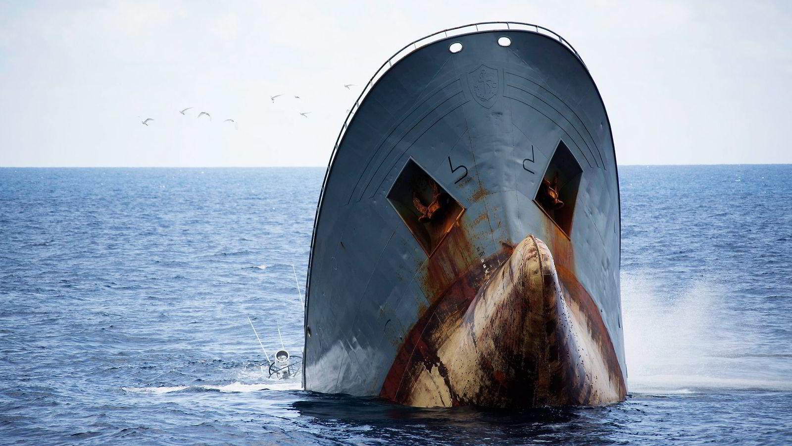 Tråleren «Thunder» sank til 3800 meters dyp utenfor São Tomé og Príncipe 6. april.