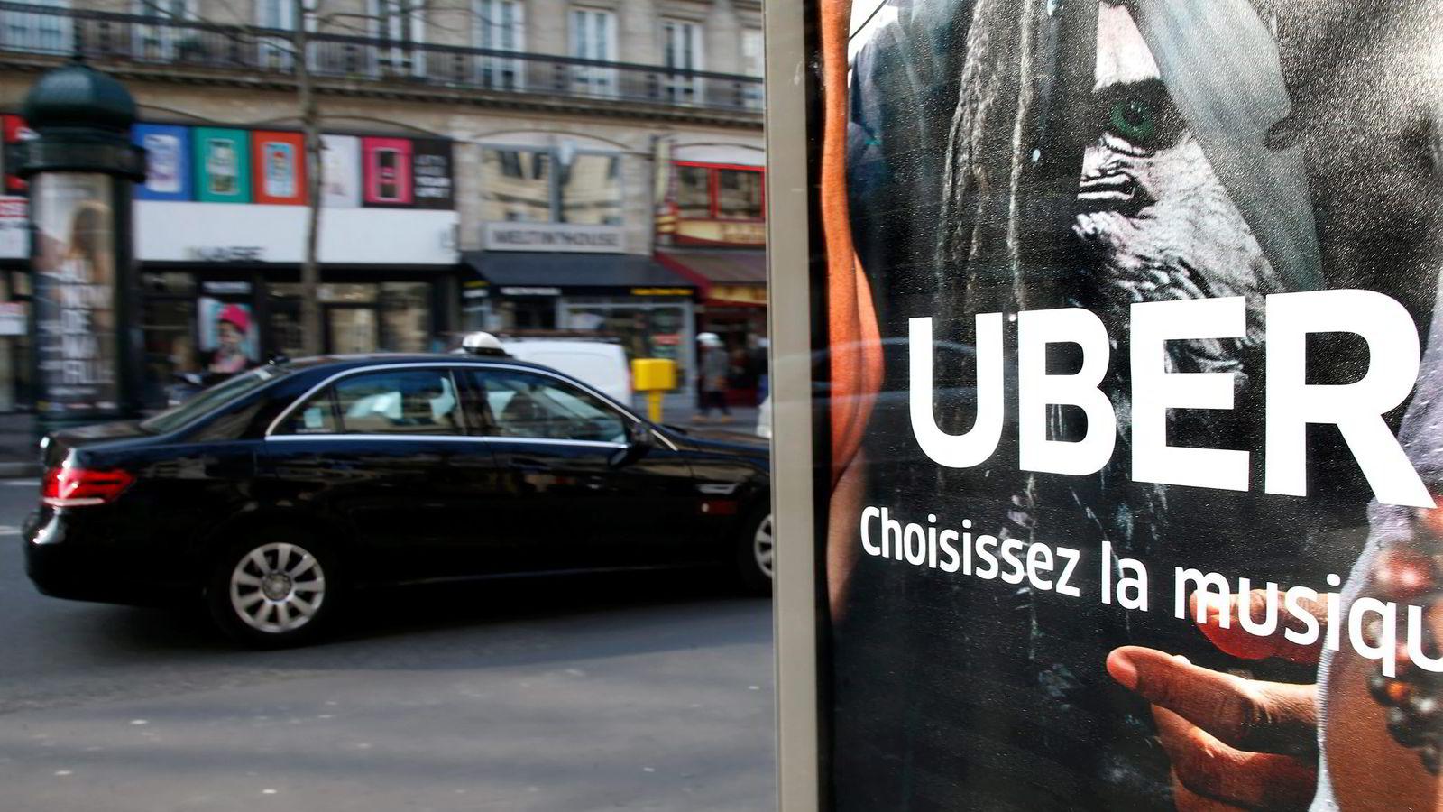 To nylige rettsavgjørelser gjør at politiet mener at handel gjennom app ikke gjør at Uber skiller seg nevneverdig fra annen pirattaxi. Foto: Charles Platiau/Reuters/NTB Scanpix