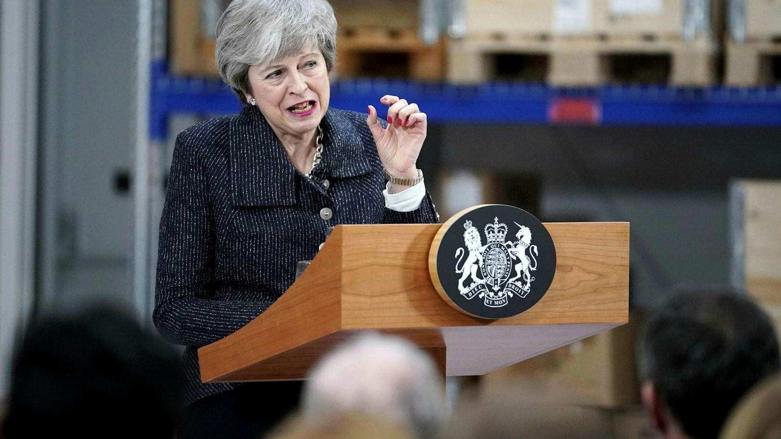Britenes statsminister Theresa May advarer mot konsekvensene hvis ikke parlamentet godkjenner hennes brexit-avtale.