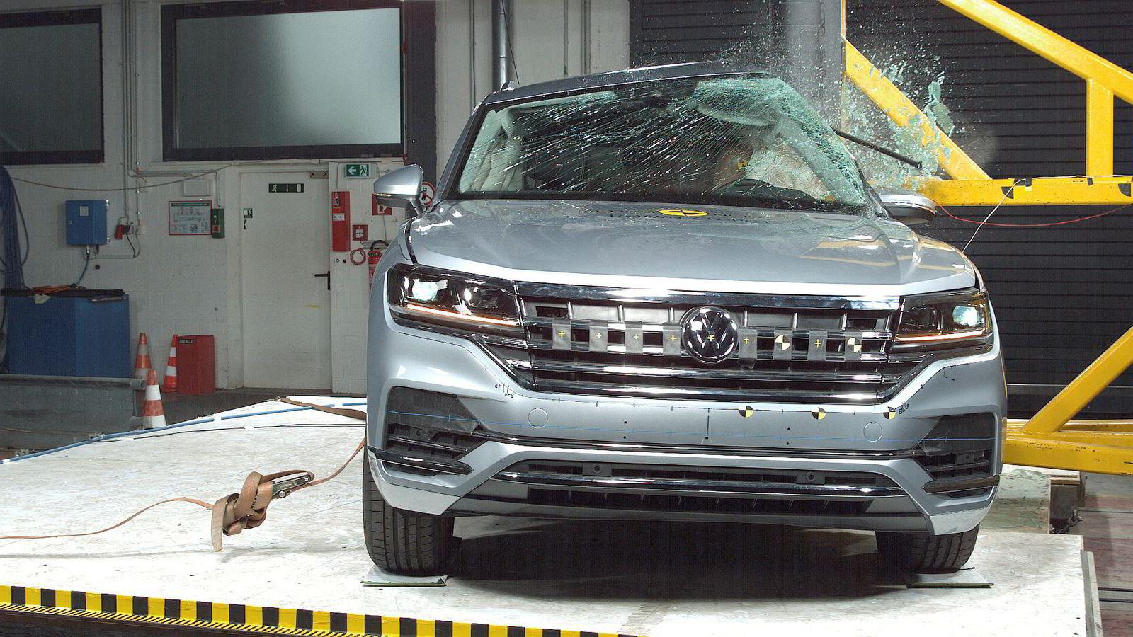 Den nye generasjonen Volkswagen Touareg er kollisjonstestet av Euro NCAP.