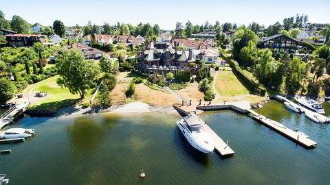 Dag Høili forsøker nok en gang å få solgt huset sitt på Nesøya i Asker. Foto: Sem & Johnsen Eiendomsmegling
