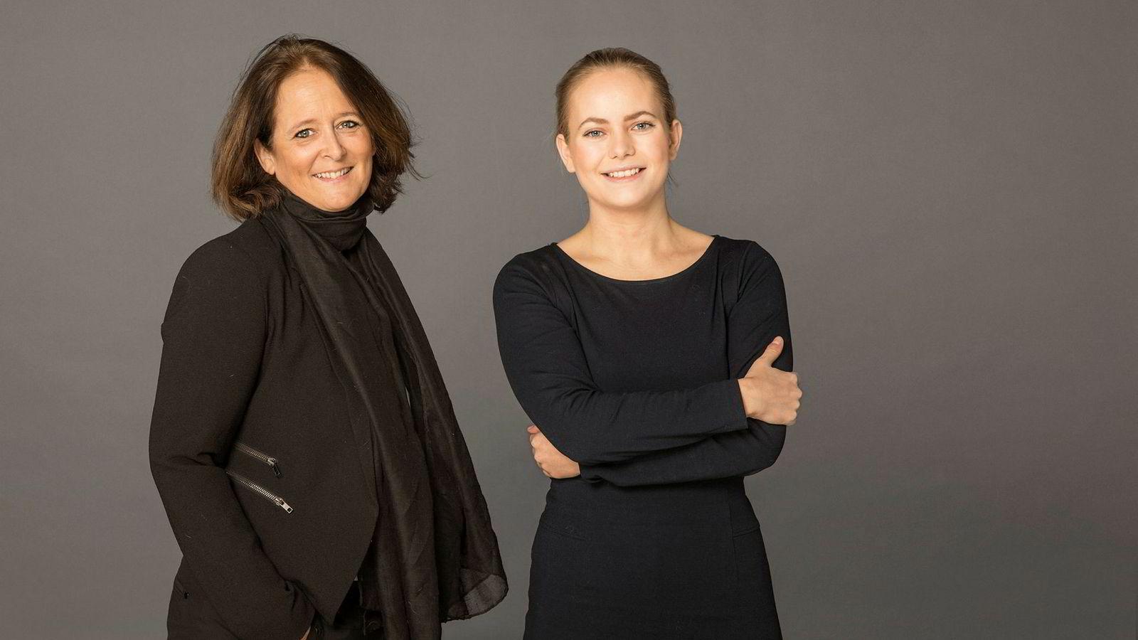 Eva Grinde (til venstre) og Nora Rydne har startet en ny podkast i Dagens Næringsliv. Temaet er arbeidsliv.
