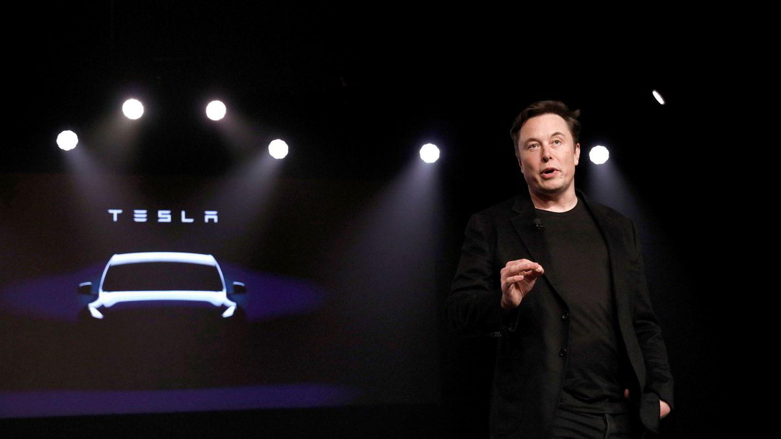 Tesla-sjef Elon Musk presenterer resultatet for Tesla i andre kvartal onsdag kveld.