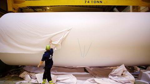 Det børsnoterte konsernet Norske Skogindustrier ASA er konkurs. Driften ved papirfabrikkene, blant annet ved Saugbrugs i Halden, fortsetter som normalt. Foto: Javad Parsa