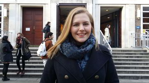Viktoria Espelund synes det er trist at studiestedet hennes ikke lenger kvalifiserer til stipend. Foto: Privat