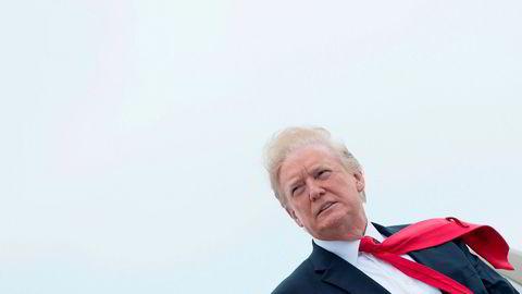 Det som er foruroligende, er Trump selv, ikke hans ministre. Han er som Solkongen som sier: «staten, det er meg». Han skiller faktisk ikke mellom den nasjonale interesse, uttrykt gjennom utenrikspolitikken, partiinteressen og til og med sin personlige interesse, skriver artikkelforfatteren.