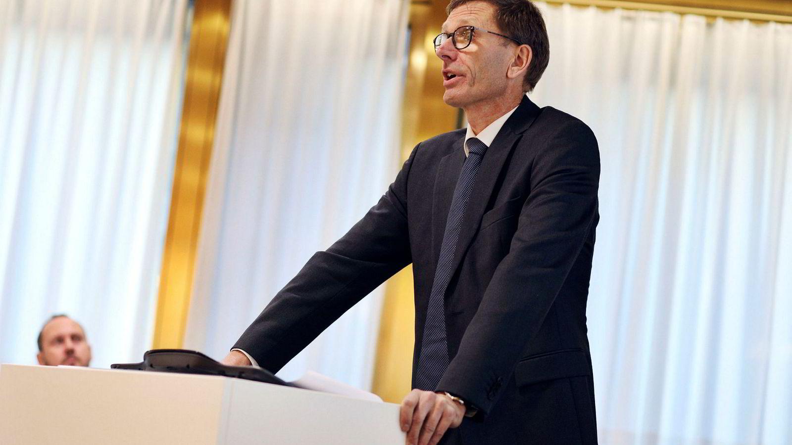 Finansiell direktør i Norges Bank Torbjørn Hægeland presenterte innholdet i rapporten Finansiell stabilitet torsdag formiddag.