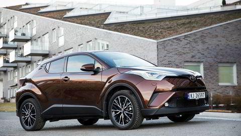 Toyota C-HR er beste modell fra Toyota i mars.