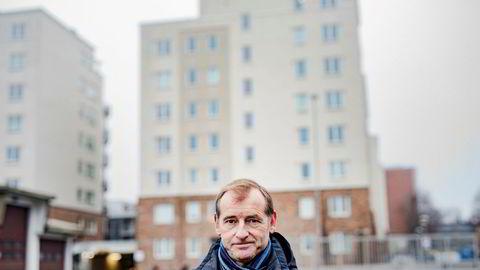 – Et sjeldent godt balansert boligmarked har gitt svært høye omsetningsvolumer til akseptable gjennomsnittspriser, sier Carl O. Geving, administrerende direktør i Norges Eiendomsmeglerforbund.