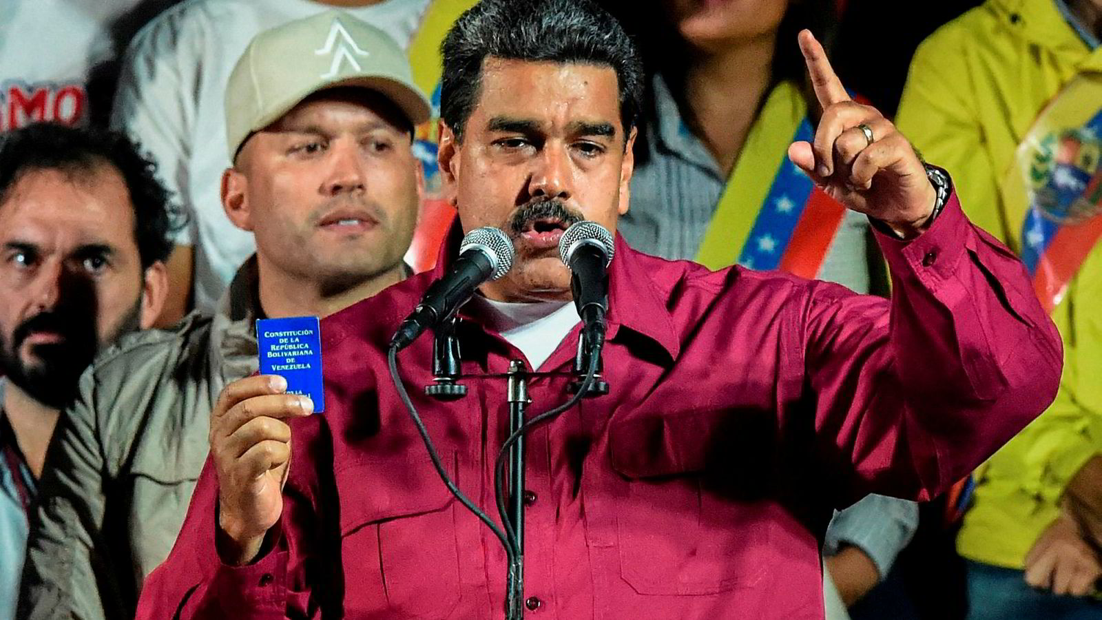 Sittende president Nicolás Maduro vant det tvilsomme valget i Venezuela. Dermed fortsetter krisen i landet med full kraft.