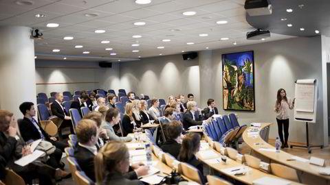 Norges Handelshøyskole.  Illustrasjonsfoto, personene på bildet er ikke involvert i saken. Foto: Javad M.Parsa