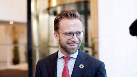 – Jeg er glad for at vi har oppnådd enighet med alle de fire hovedsammenslutningene i lønnsoppgjøret i staten. Vi har dermed unngått en streik, sier kommunal- og moderniseringsminister Nikolai Astrup (H).
