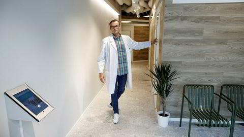 Daniel Sørli er daglig leder i Dr. Dropin. Her på selskapets klinikk på Sæter Torg på Nordstrand i Oslo.