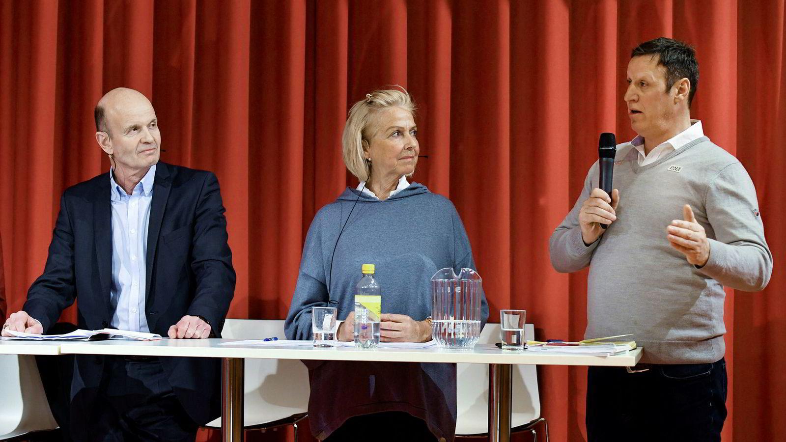 Sven Mollekleiv (til venstre) eller Berit Kjøll? Å velge kvinnen blant de to kvalifiserte presidentkandidatene på idrettstinget er et steg i riktig retning, skriver Daniel Kjørberg Siraj. Her fra en debatt ved Norges idrettshøgskole. Til venstre står Tom Tvedt.