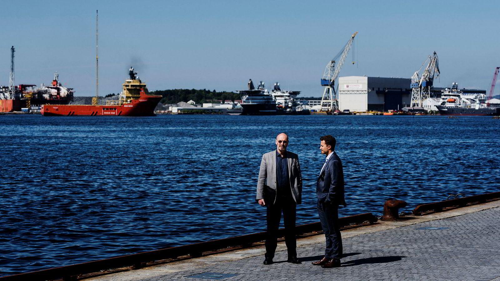 Daglig leder i NeoDrill Jostein Aleksandersen, til venstre, går hardt ut mot Equinor i et brev sendt til Jon Erik Reinhardsen. Her sammen med sin advokat Kyrre Tangen Andersen i Kluge advokatfirma, til høyre.