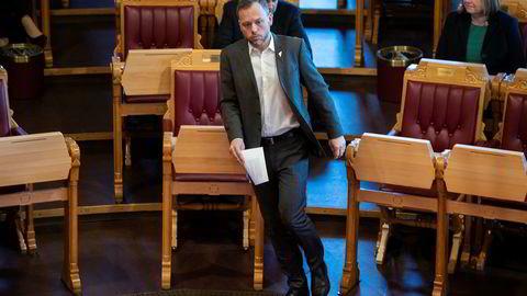 SV-leder Audun Lysbakken snakker mer enn gjerne om hva jernbanereformen har kostet, men er ikke så opptatt av de anslåtte gevinstene som er mange ganger større.