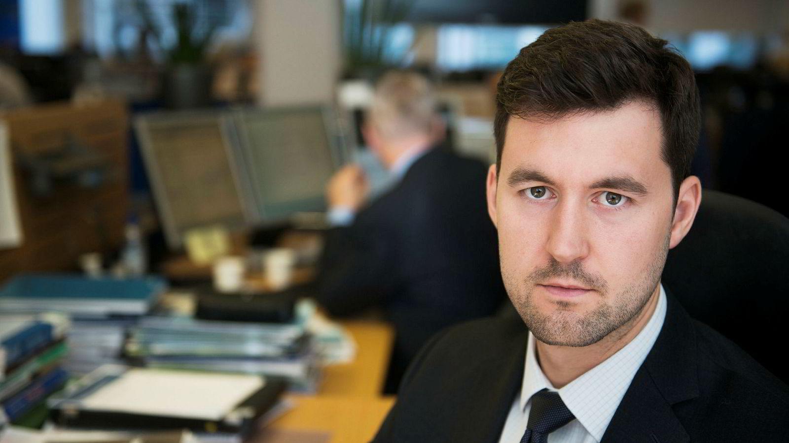 Analytiker Joachim Bernhardsen i Nordea Markets mener oljeprisen har vært en viktig driver for kronestyrkelsen vi har sett de siste ukene.