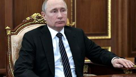Populariteten til Russlands president Vladimir Putin har fått en knekk de siste årene.